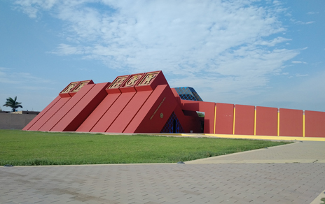 Tumbas Reales Museum in Lambayeque city